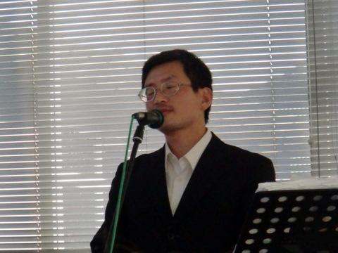 ゲストスピーカーの長谷川与志充先生