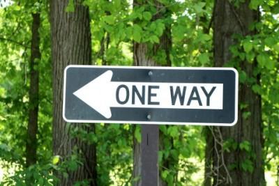 前に向かって進む