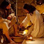 """(393) """"キリストは、神の御姿であられるのに、神としてのあり方を捨てられないとは考えず、ご自分を空しくして、しもべの姿をとり、人間と同じようになられました。"""""""